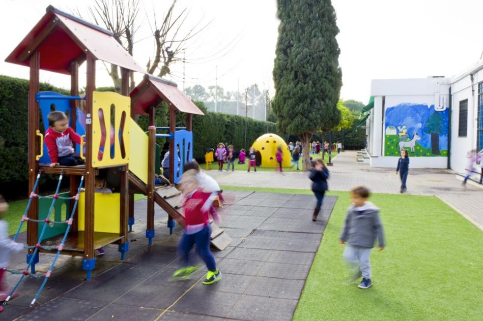 http://colegioalemansevilla.com/de/files/gallery/thumb/1489759141-5r_reportaje-colegio-alema_n-25.jpg