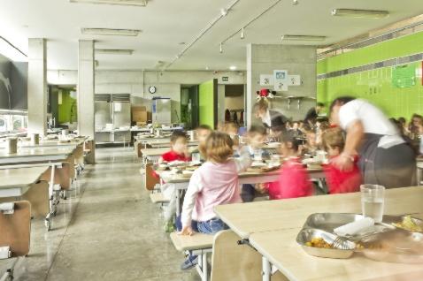 http://colegioalemansevilla.com/de/files/gallery/image/1490352731-comedor-colegio-aleman-sevilla.jpg