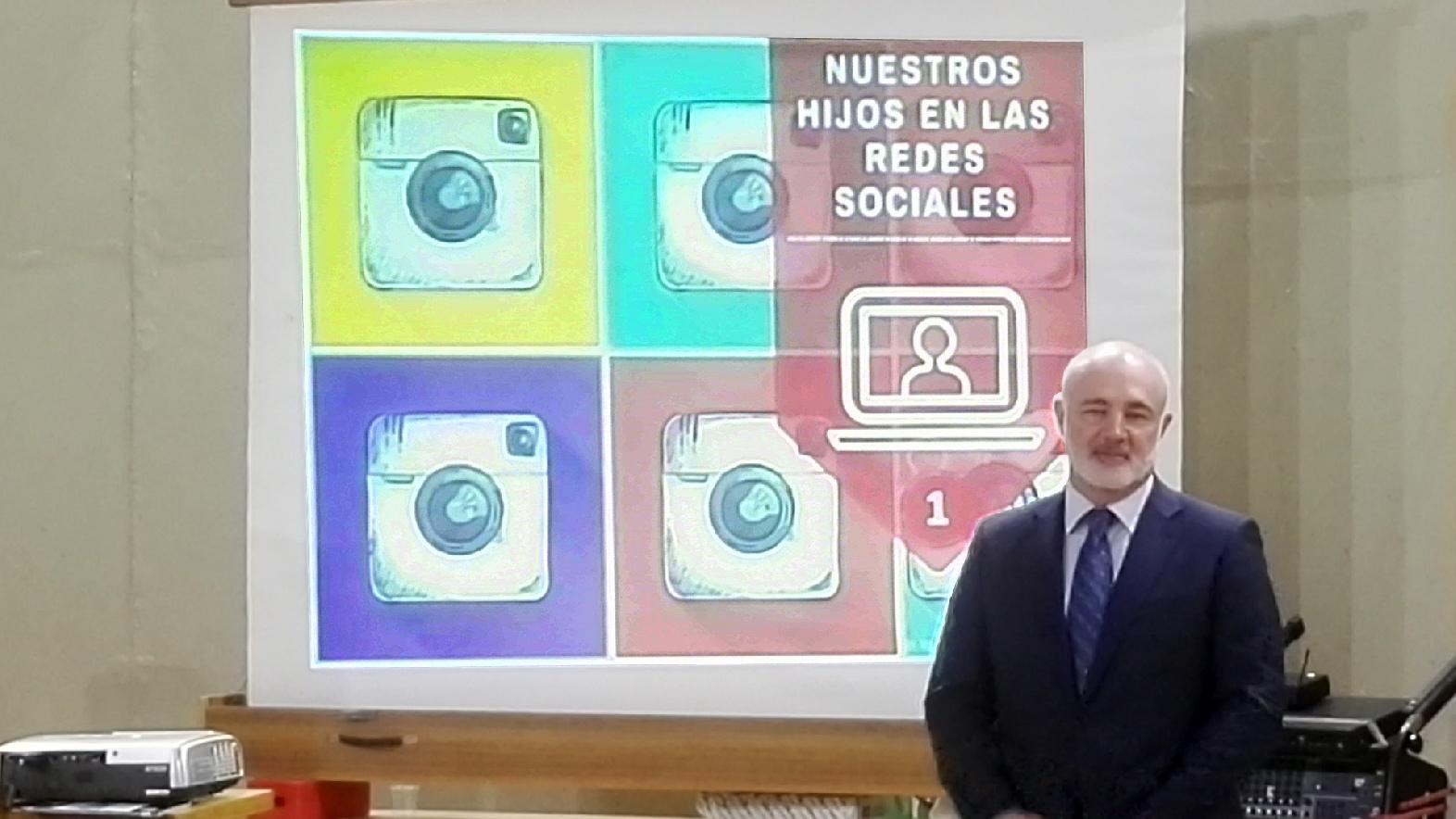 Nuestros hijos en las redes sociales: reputación digital