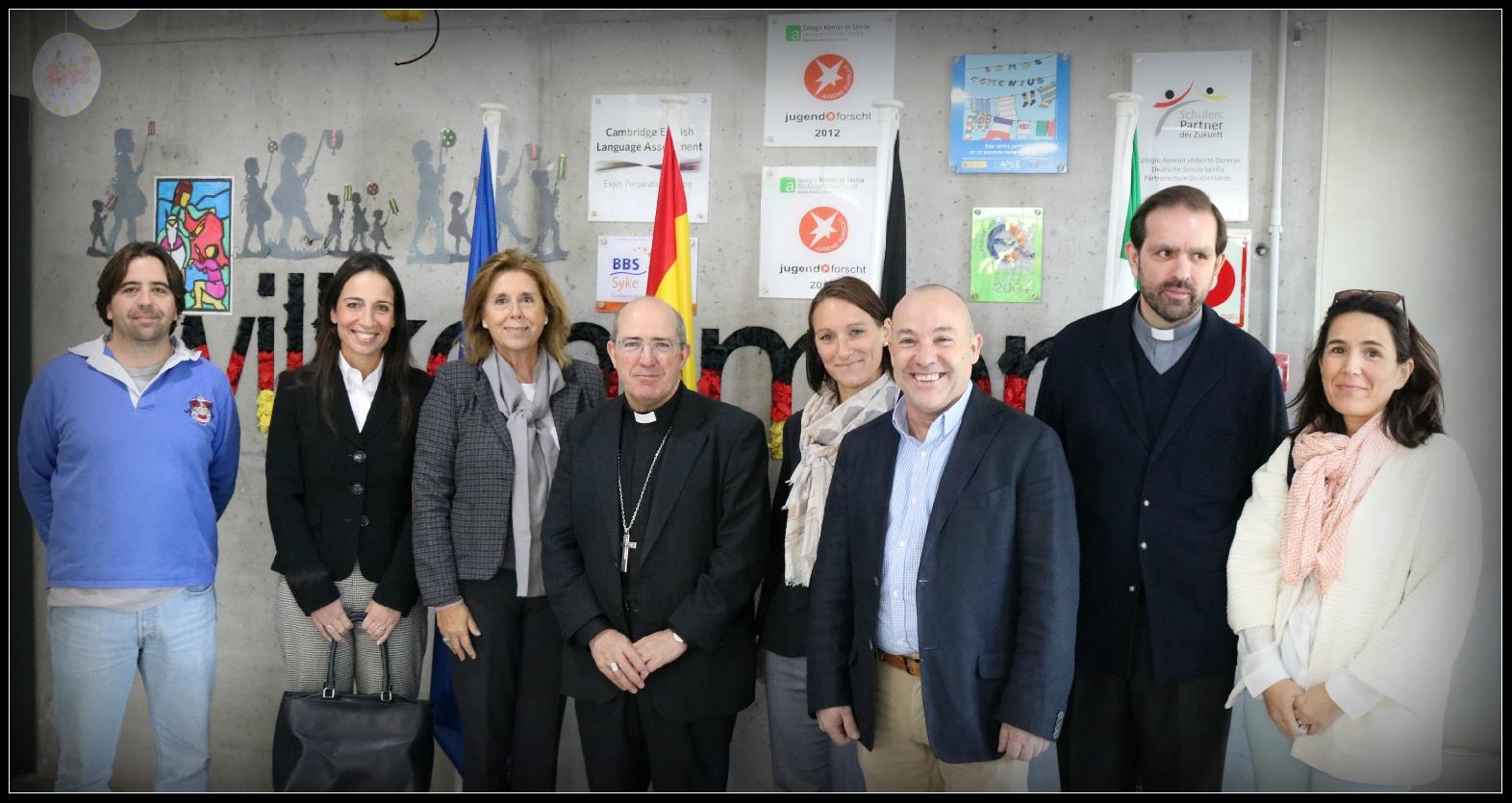 VISITA DEL EXCMO. Y RVDMO. SR. D. SANTIAGO GÓMEZ SIERRA OBISPO AUXILIAR DE SEVILLA