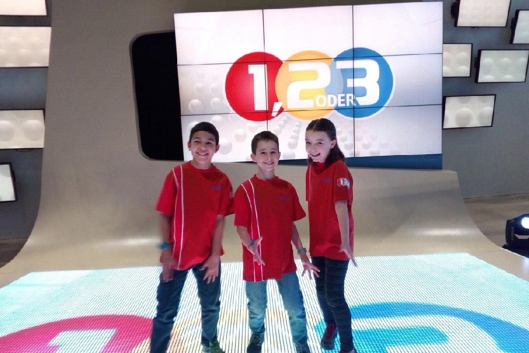 Tres alumnos de 4º de primaria ganan el concurso infantil