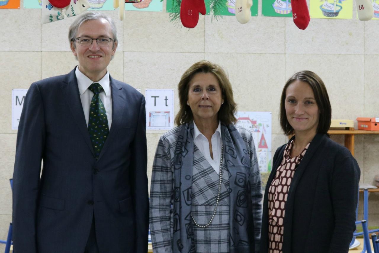 Sr.Dr. Dorschfeldt, Consejero de Educación y Cultura de la Embajada de la República Federal Alemana en el Deutsche Schule Sevilla