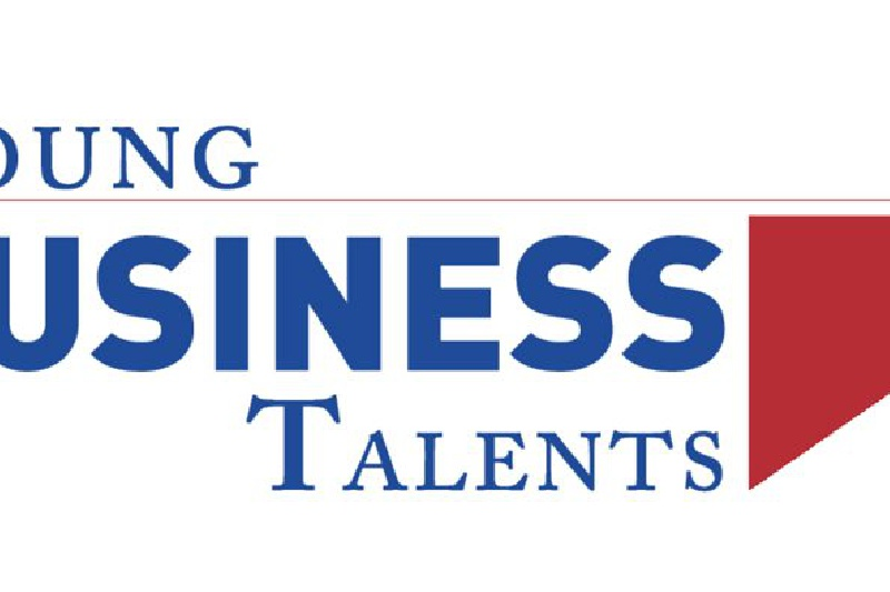 Alumnos de bachillerato en la final del concurso Young Business Talents (YBT)